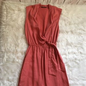 Elie Tahari V Neck Tie Wrap Dress Knee Length